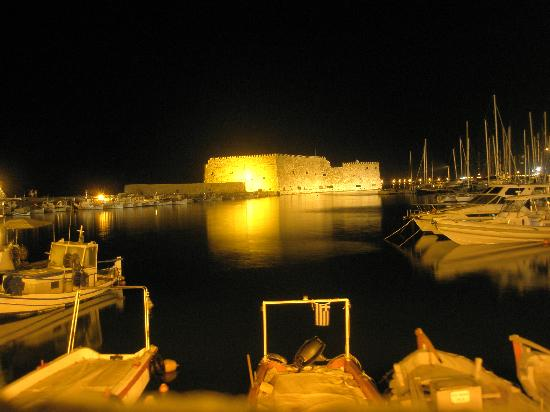 Hotel Mirabello: 3minutes away from the best view in Heraklion