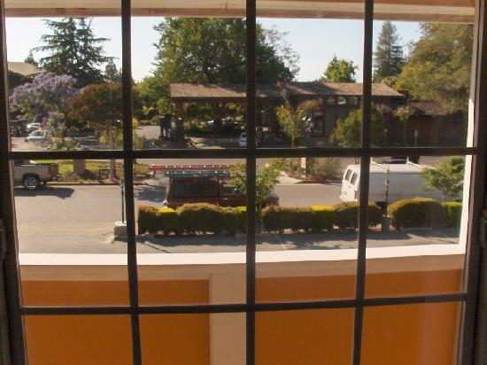 Oak Motel Palo Alto: View from room.