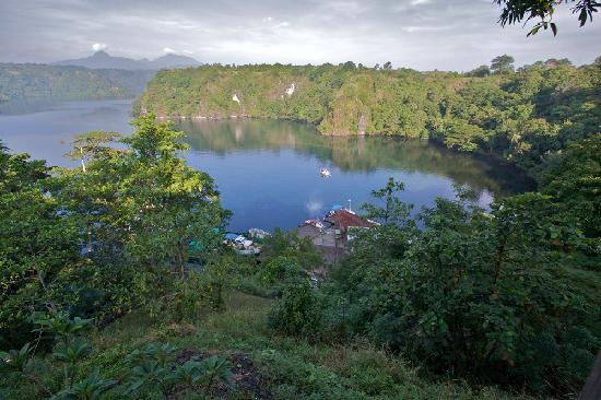 Tufi, Papua Nowa Gwinea: A view of the Fiord from my balconey