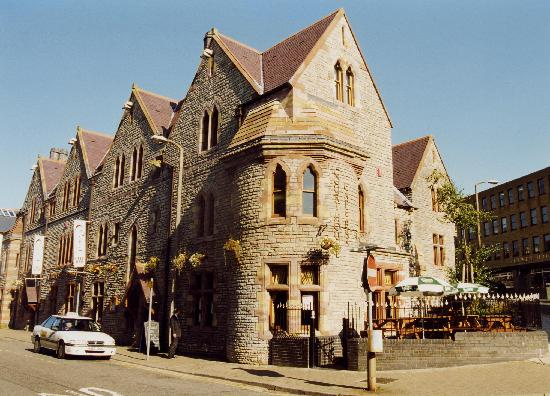 Bridgend, UK: Old Courthouse Restaurant