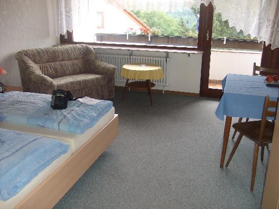 Gasthof Albblick: the bedroom