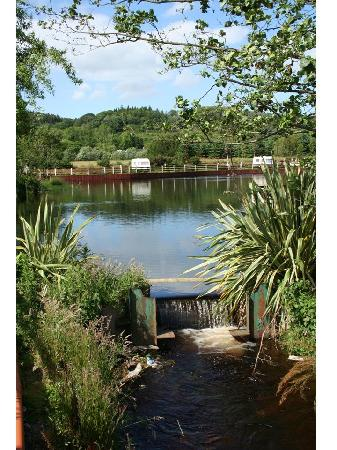 Hidden Valley Holiday Park: Hidden Valley Lake