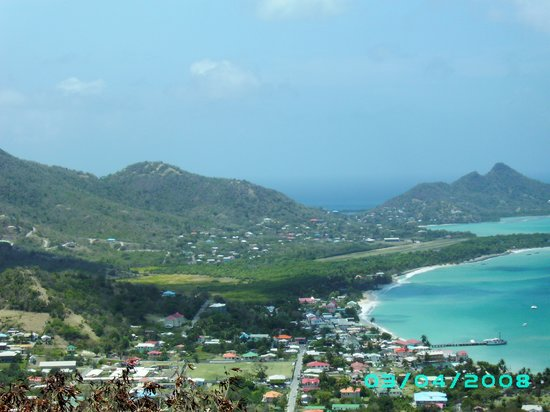 Carriacou Island, เกรนาดา: Hillside view of Carriacou