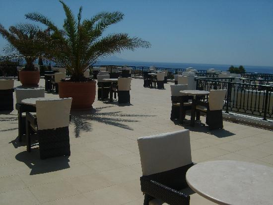 Terrace picture of atlantica porto bello royal for 15 royal terrace reviews