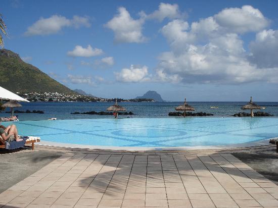 Sands Suites Resort & Spa: Pool