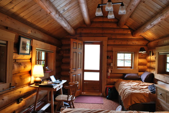 Lake O'Hara Lodge: Inside our cabin