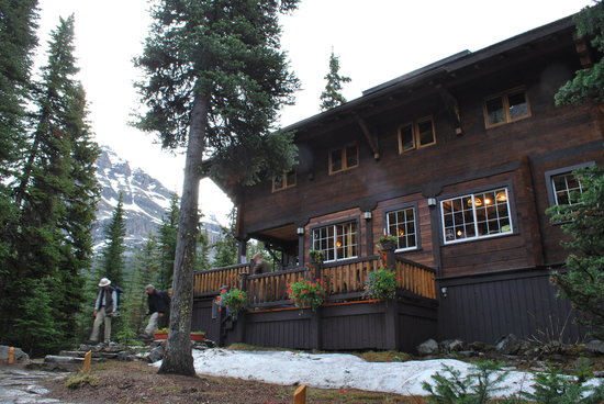 Lake O'Hara Lodge: The main lodge