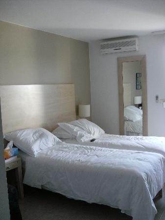 Supetar, Croacia: chambre