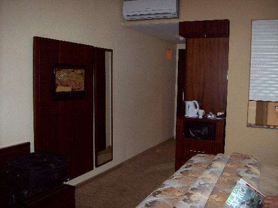 City Lodge Hotel Johannesburg Airport - Barbara Road: Interior of the room