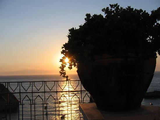 Villa Bianca Resort: Dawn 3