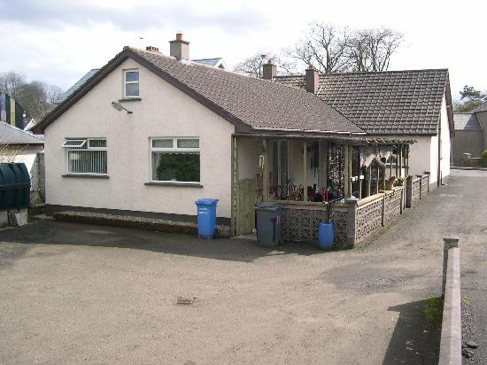 Broughshane B & B: Photo showing B&B + private car park