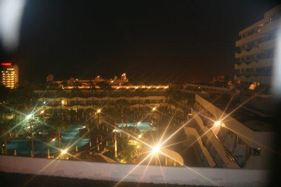 Iberostar Las Dalias: piscine le soir