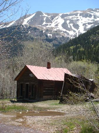 San Juan Skyway: One of the buildings at Ironton ghost town