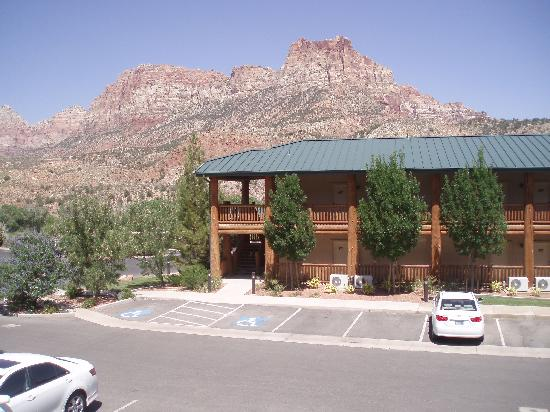 Majestic View Lodge: View from our private balcany