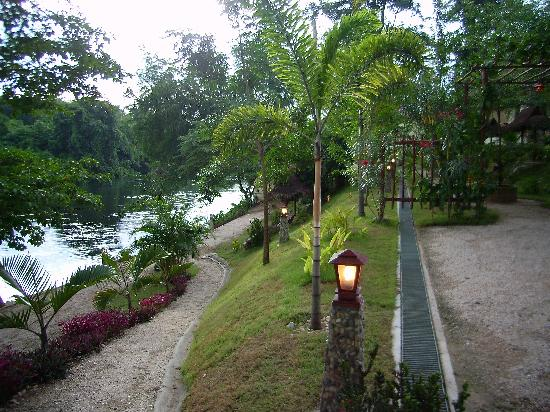 Oriental Kwai Resort: By the River