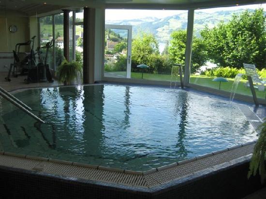 Belvedere Strandhotel & Restaurant: resistance pool