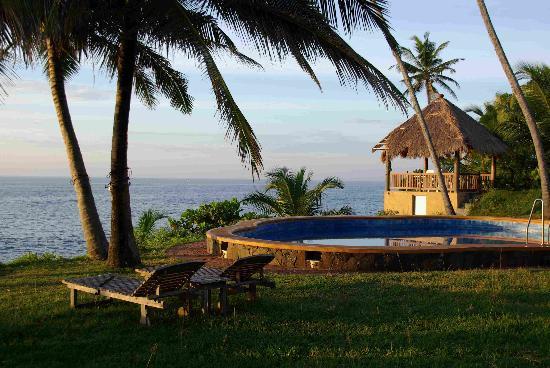 Villa Lucky Star: Garten Mit Swimmingpool Und Hütte