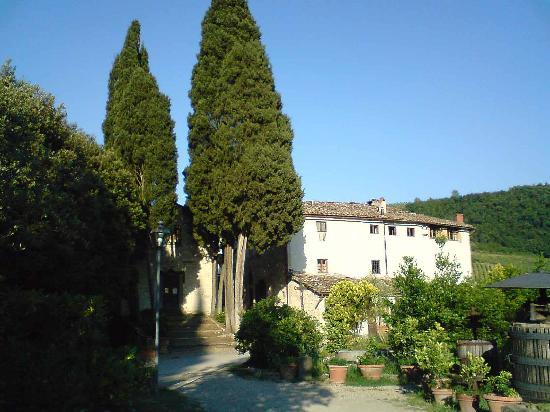 Fattoria di Castiglionchio: View entering the Fattoria