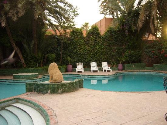 Hotel Kenza: Pool von Weitem