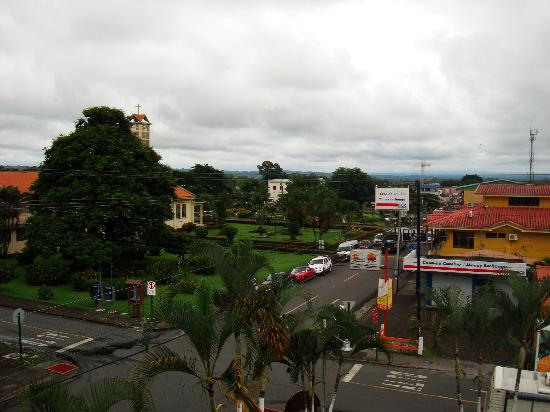 Hotel Arenal Jireh : view from front of room