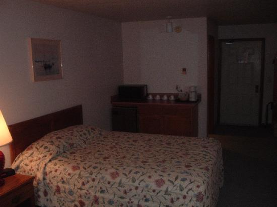 Aladdin Motor Inn: Third floor room