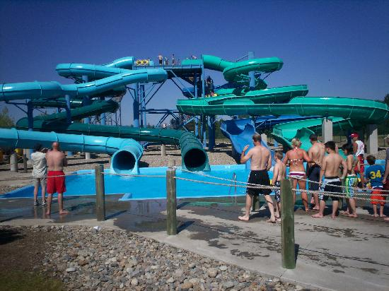 Silverwood Theme Park: Some of the waterslides