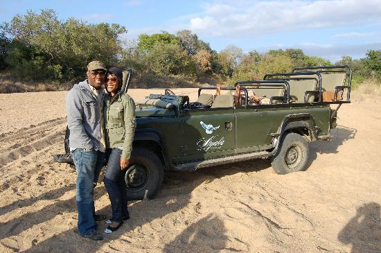 andBeyond Ngala Tented Camp: We stopped for drinks and snacks on each drive.