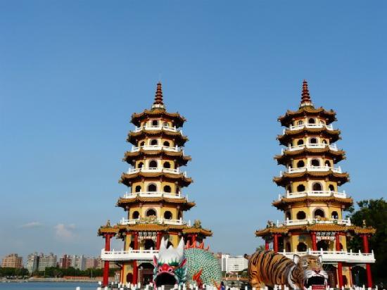 เกาสง, ไต้หวัน: Pagodas