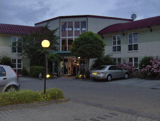 BEST WESTERN Hotel Dasing-Augsburg : Exterior
