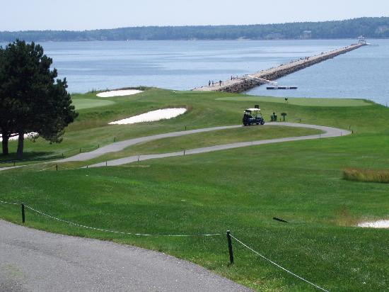 Samoset Resort On The Ocean: view from the tee box to the harbor