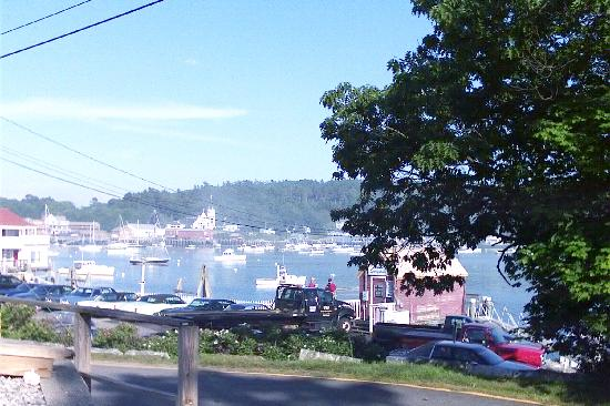 Atlantic Ark Inn: View of harbor from front porch
