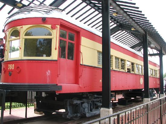 Interurban Railway Musuem : Restored Trolley Car