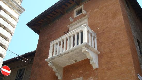 Pésaro, Italia: Balcony