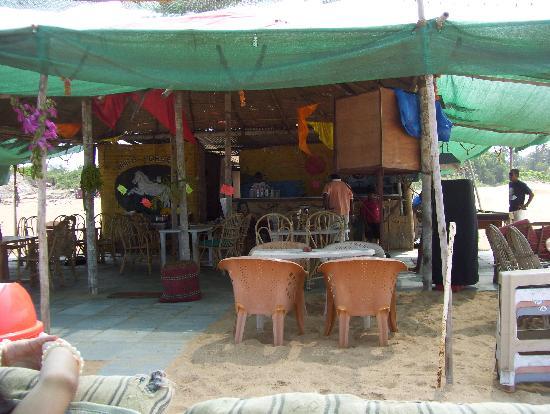 Candolim Beach : Beach Shack