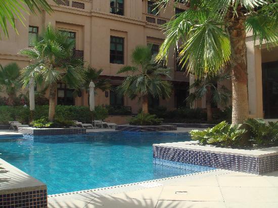 Vida Downtown: Pool