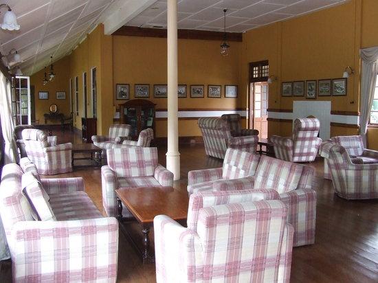 Bandarawela Hotel: seating area