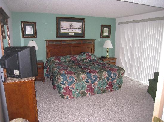Fox Run Resort: Master Bedroom