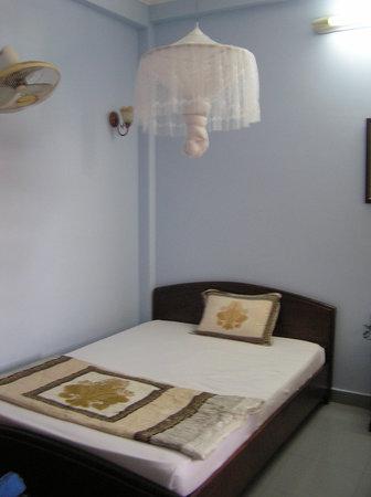 Dai Long Hotel: Our comfy twinn room
