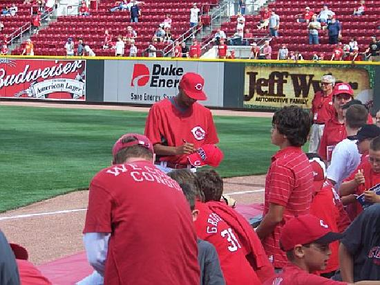 Great American Ball Park: Great chance to get autographs