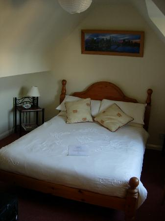 Stonecroft Bed and Breakfast : The bed 1