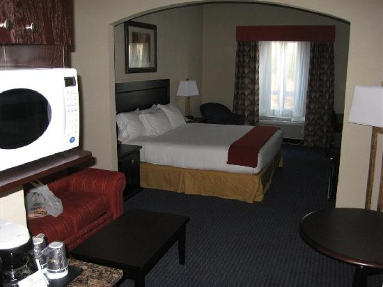 Holiday Inn Express Hotel & Suites Hinton: Room - King