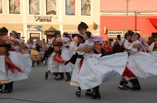 Slovacchia: Dancing In the street in Zvolen