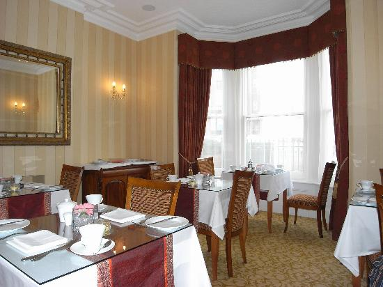 The Clarence Hotel: The Dinning Area