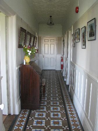Reynards Rest: Hallway