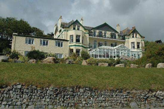 Carbis Bay Hotel & Estate: View of the hotel from the front