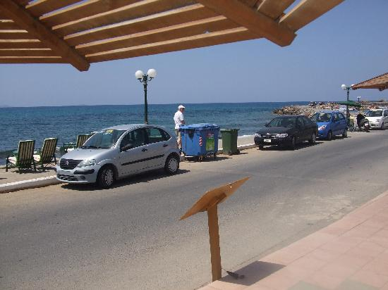 Magda Hotel: view of sea front