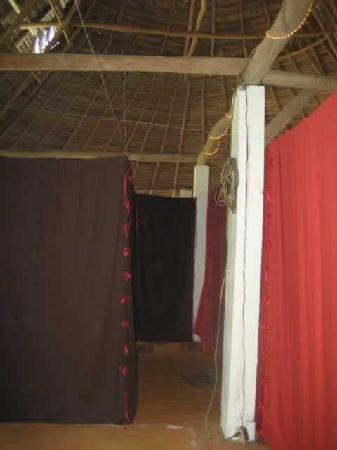 Yelapa Oasis: Sheets for Walls and Doors