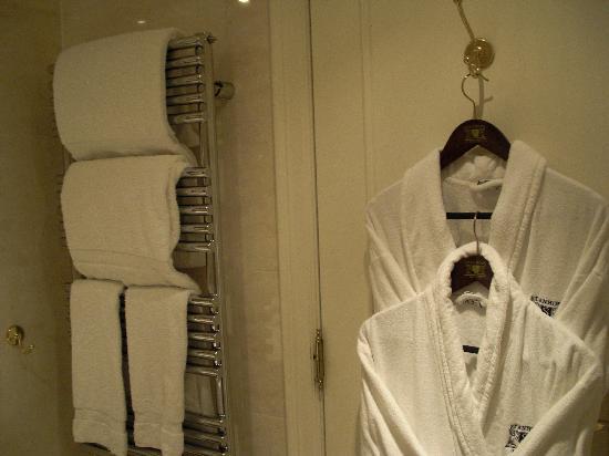 Stanhope Hotel: SdB 1