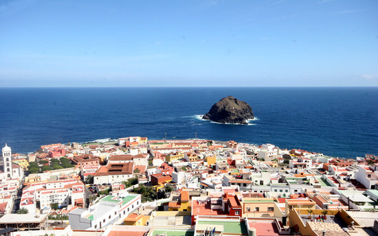 Hotel La Quinta Roja: Garachico from above