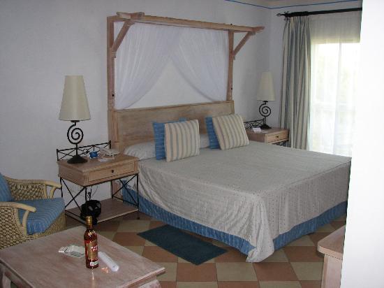 Melia Las Dunas Hotel Rooms